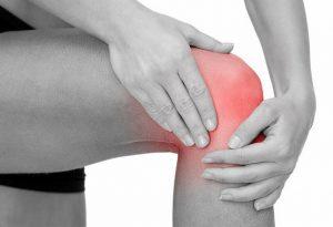 Как убрать боль в колене лазером